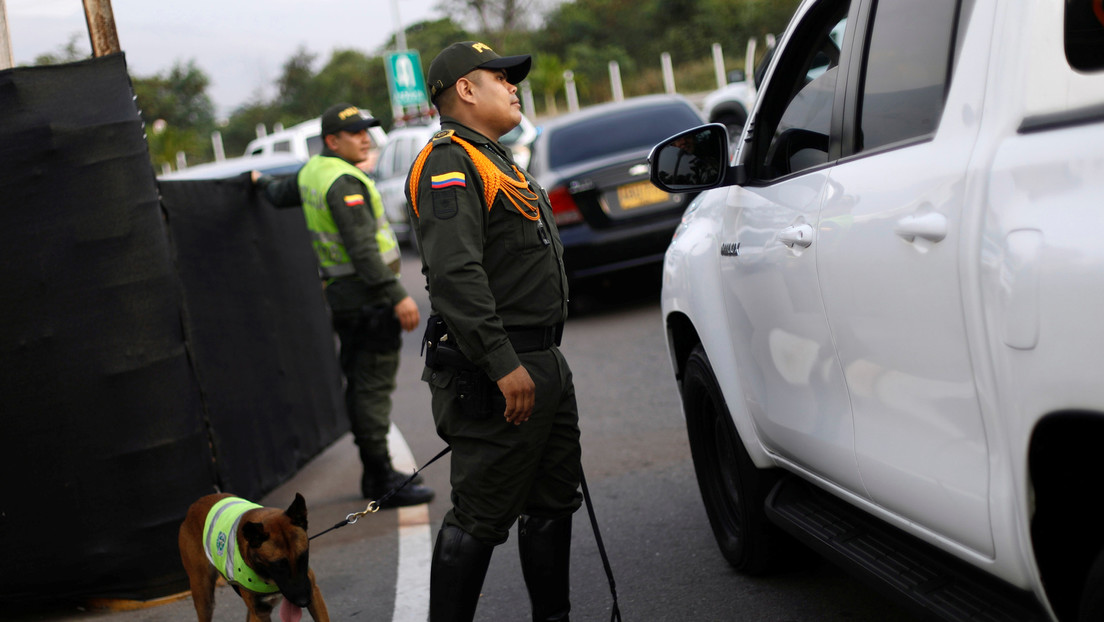 Colombia: La explosión de un vehículo de transporte público deja al menos 7 muertos en el municipio de Rosas (VIDEOS)