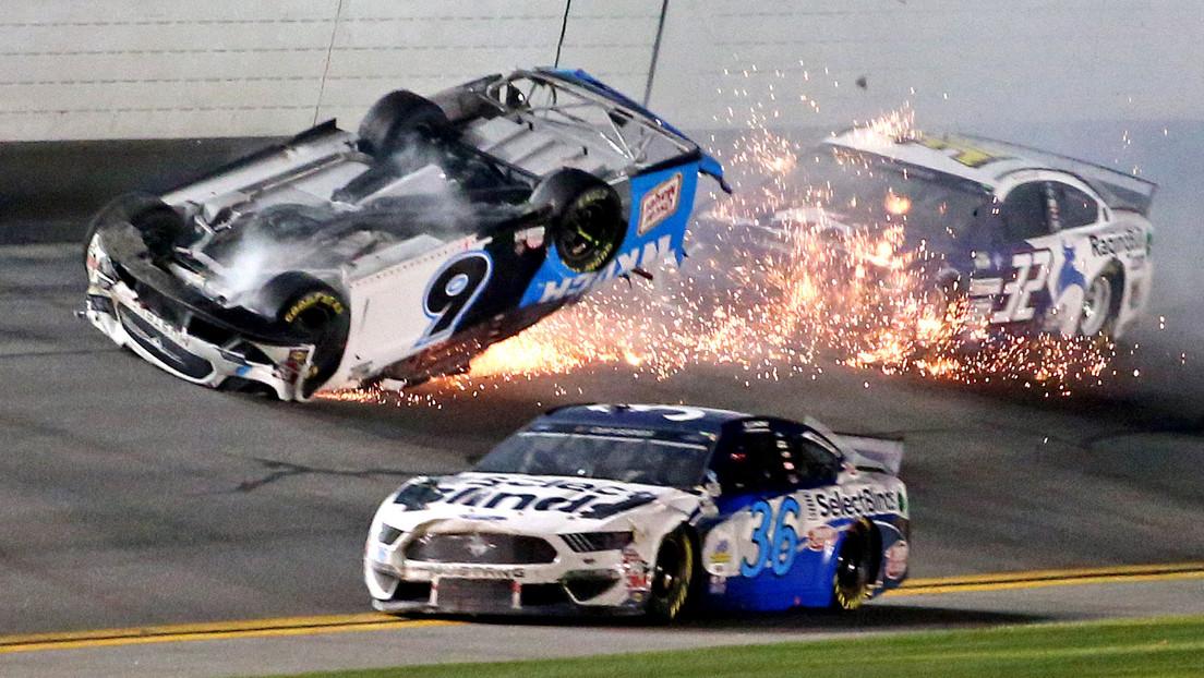 Hospitalizan al legendario piloto Ryan Newman tras sufrir un aparatoso choque en Daytona 500 (VIDEO)