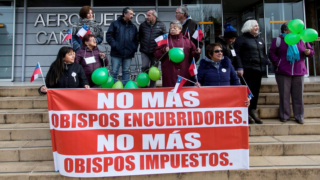 """Víctimas de abuso sexual en Chile acusan al Vaticano de """"dilatar la investigación"""" contra los Hermanos Maristas"""