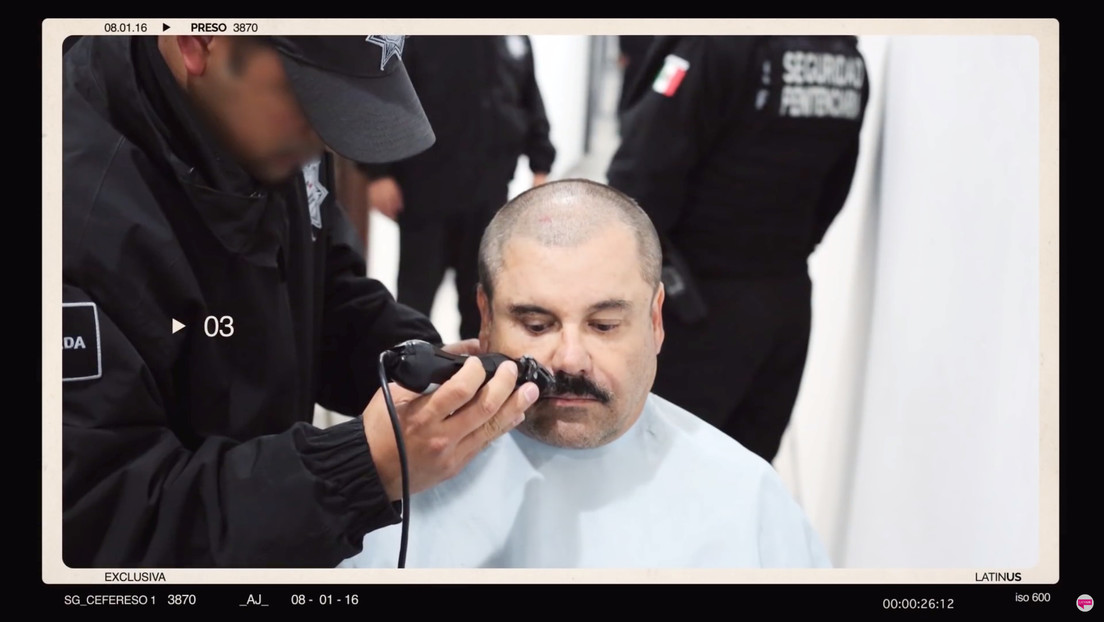 Publican imágenes inéditas de cómo le rapan el bigote al 'Chapo' Guzmán en su último ingreso a prisión (VIDEO)