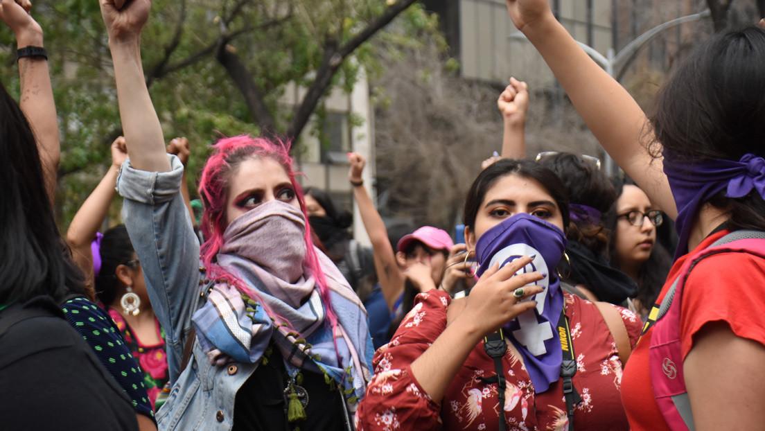 #UnDíaSinMujeres: Convocan a paro nacional por feminicidios en México