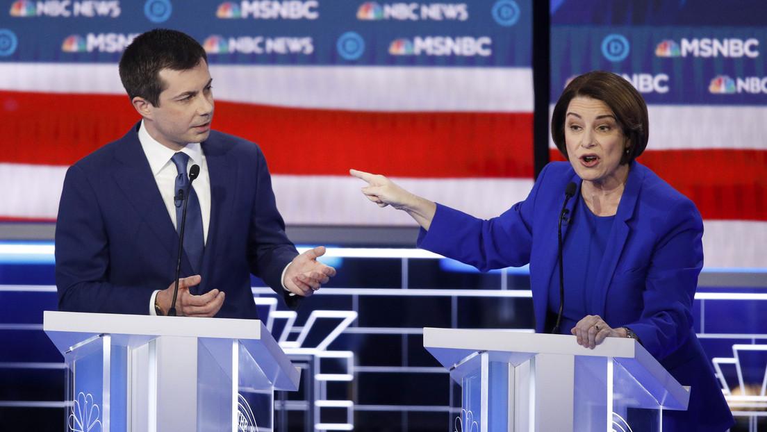 """""""¿Está diciendo que soy tonta?"""": Tensión en el debate demócrata tras olvidar una candidata el nombre del presidente mexicano"""