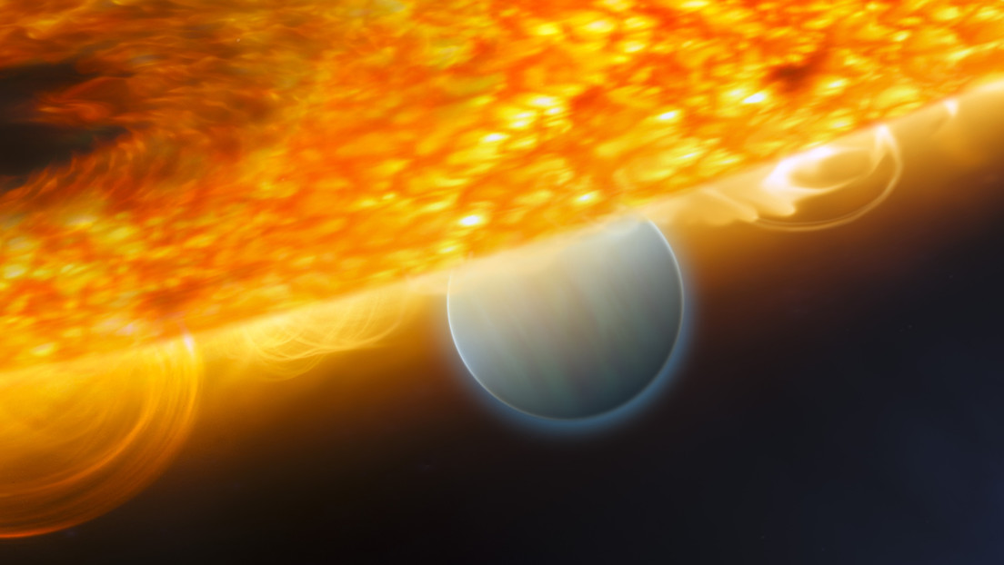 """Descubren un """"raro Júpiter caliente"""" que orbita su estrella en 18 horas"""