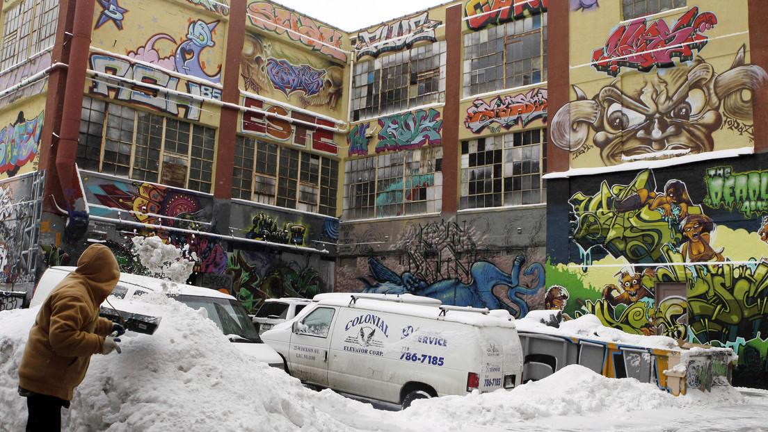 Artistas del grafiti reciben indemnización de 6,7 millones de dólares por sus obras perdidas en la demolición de un edificio en Nueva York thumbnail