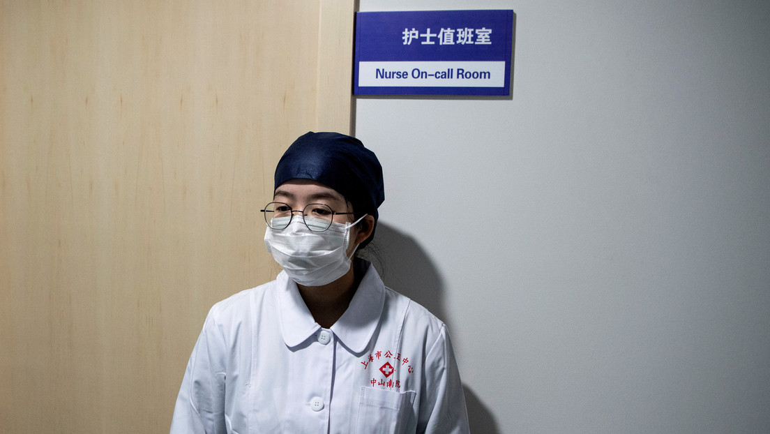 Un hombre se recupera del covid-19 y vuelve a contraer ese coronavirus