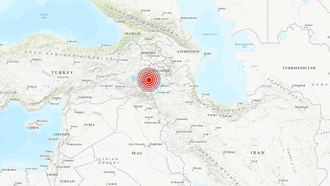 Al menos 9 muertos en Turquía tras un fuerte terremoto en la frontera con Irán