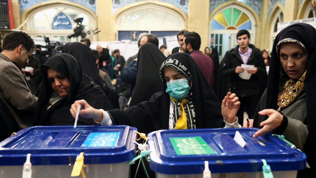 """Irán culpa a la """"propaganda negativa"""" por el coronavirus de la baja participación en las elecciones"""