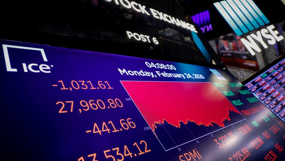 La peor caída en dos años: el Dow Jones se desploma más de 1.000 puntos por los crecientes temores sobre el coronavirus