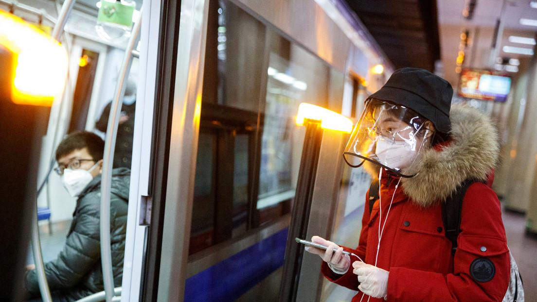 El número de muertes por el coronavirus en la parte continental de China llega a 2.663