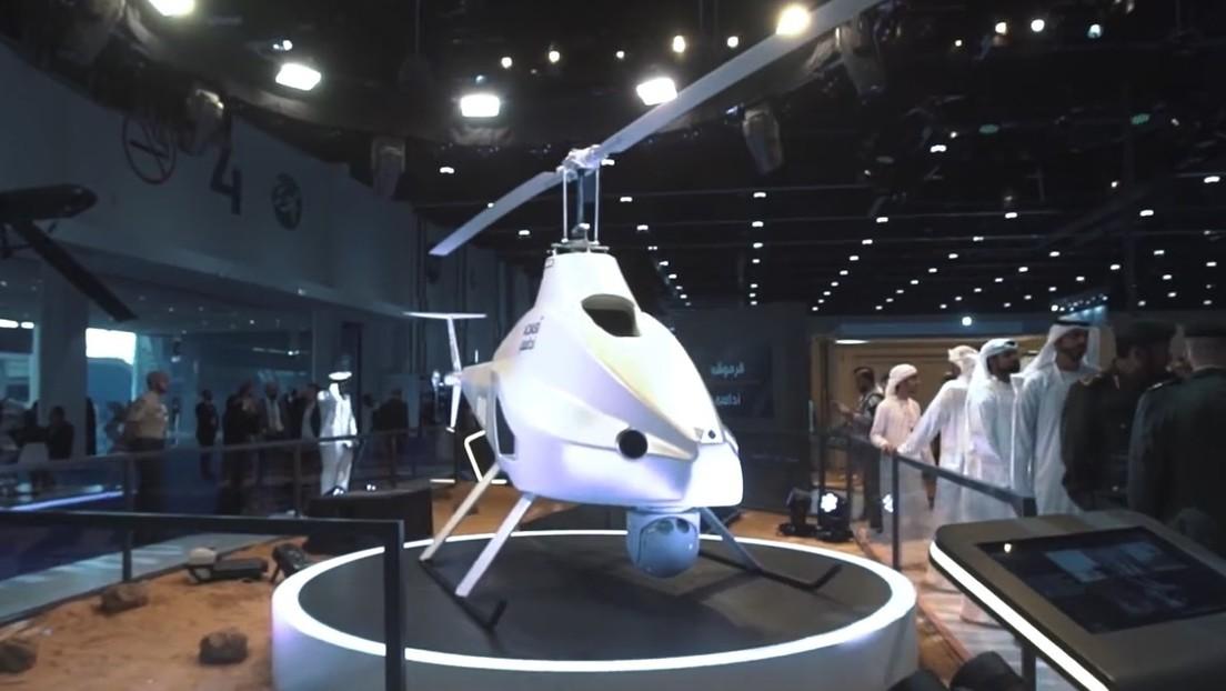 FOTO: Emiratos Árabes Unidos presenta su primer dron adaptable para misiones militares y civiles