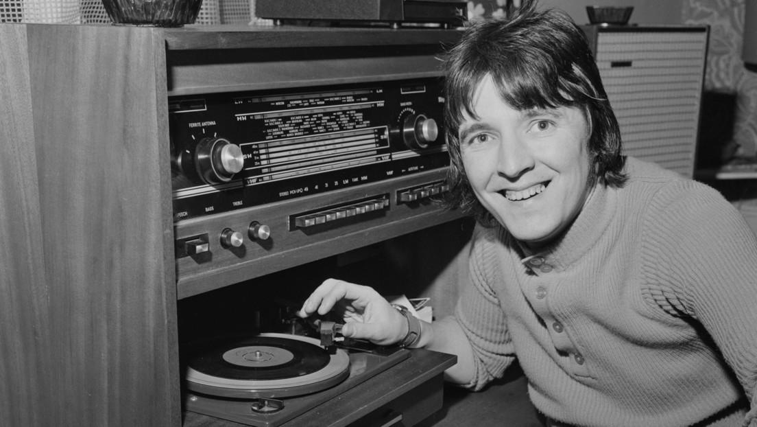 Condenan a 18 meses de cárcel a un antiguo DJ británico que tenía en su yate 500 fotos de abusos sexuales a niños