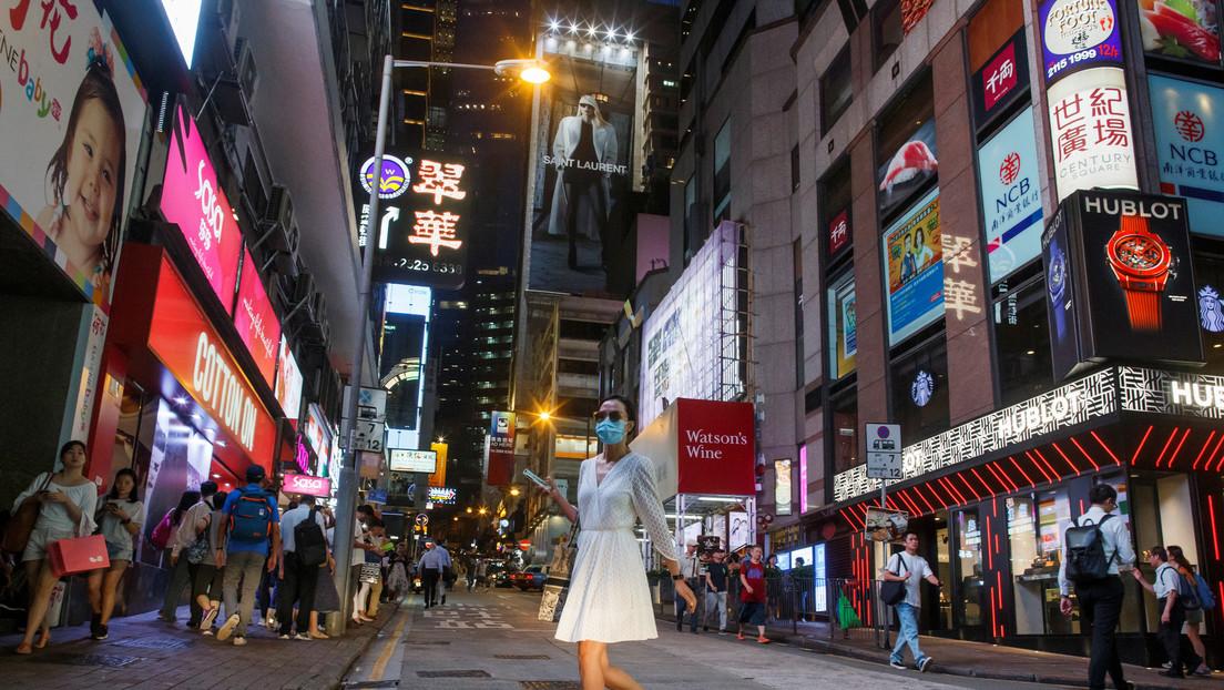 Hong Kong subvencionará con casi 1.300 dólares a cada uno de sus residentes mayores de 18 años