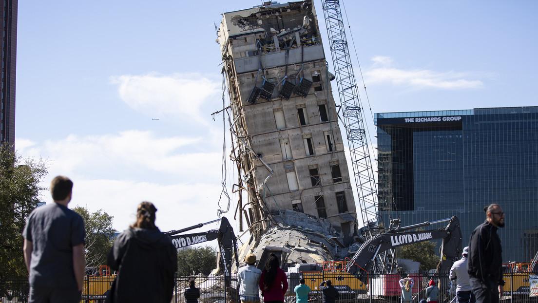 La torre inclinada, que sobrevive a todos los intentos de destruirla hasta con explosivos, recibe elogios y burlas en las redes (FOTOS, VIDEOS)