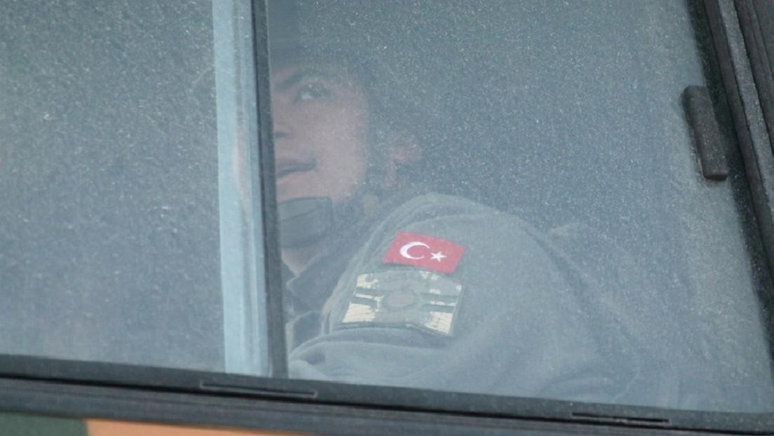 Turquía anuncia que 9 de sus soldados murieron en un ataque aéreo del Gobierno sirio en Idlib