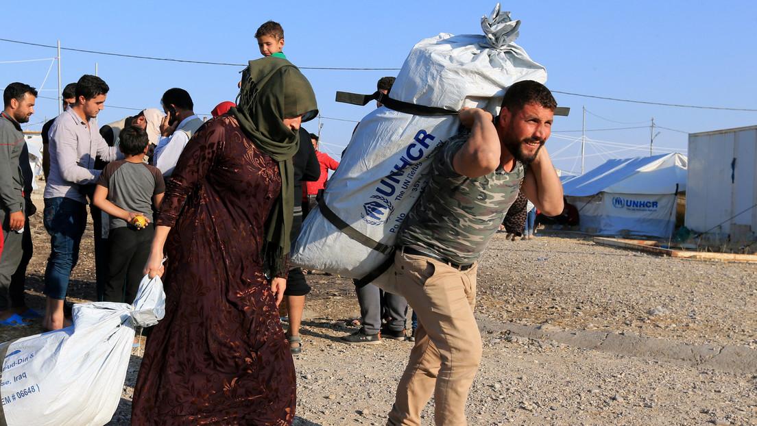 """El partido gobernante turco afirma que """"no podrá retener"""" el flujo de refugiados sirios hacia Europa"""