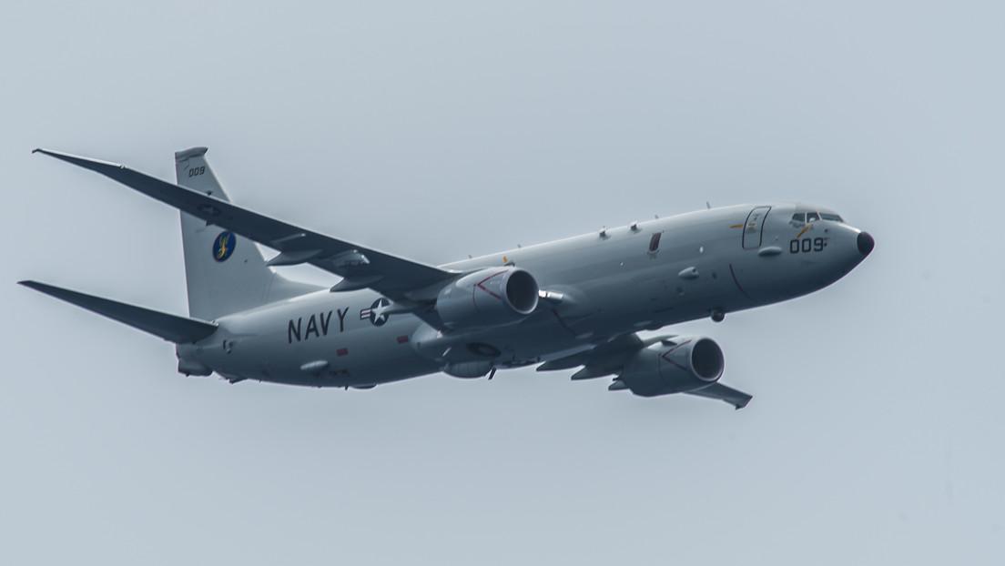 """La Armada de EE.UU. denuncia que un destructor chino apuntó con un láser a su avión de patrulla marítima de manera """"insegura y no profesional"""""""