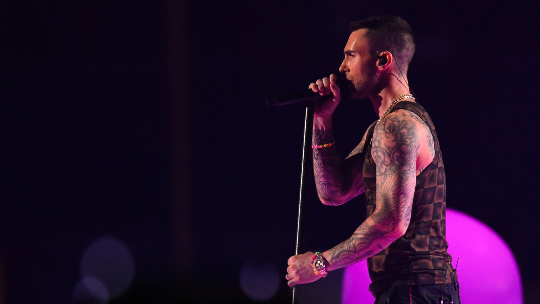 """""""Fue muy poco profesional"""": Adam Levine se disculpa con los chilenos tras el cuestionado show de Maroon 5 en el Festival de Viña del Mar"""