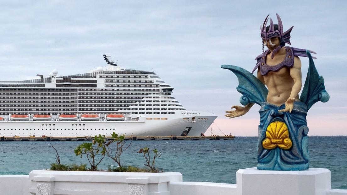Pasajeros del MSC Meraviglia desembarcan en la isla mexicana de Cozumel después de descartarse el coronavirus