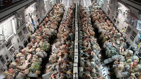 """¿Ejercicio defensivo o """"juegos peligrosos""""? Europa se prepara para acoger el mayor despliegue de tropas de EE.UU. en 25 años"""