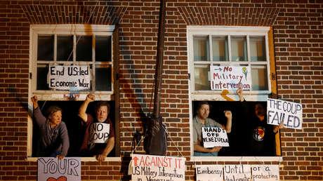 Declaran nulo el juicio contra los activistas de EE.UU. que protegieron la embajada de Venezuela en Washington