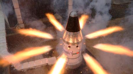 La NASA prueba con éxito un motor de la nave Orion responsable de la seguridad de los astronautas en futuras misiones a la Luna