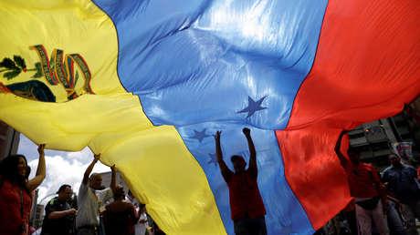 Cinco años de sanciones de EE.UU. contra Venezuela: ¿Un crimen a fuego lento?