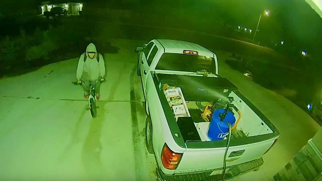 VIDEO: Frustra un robo en su casa con un sencillo pero efectivo método que está causando furor en la Red