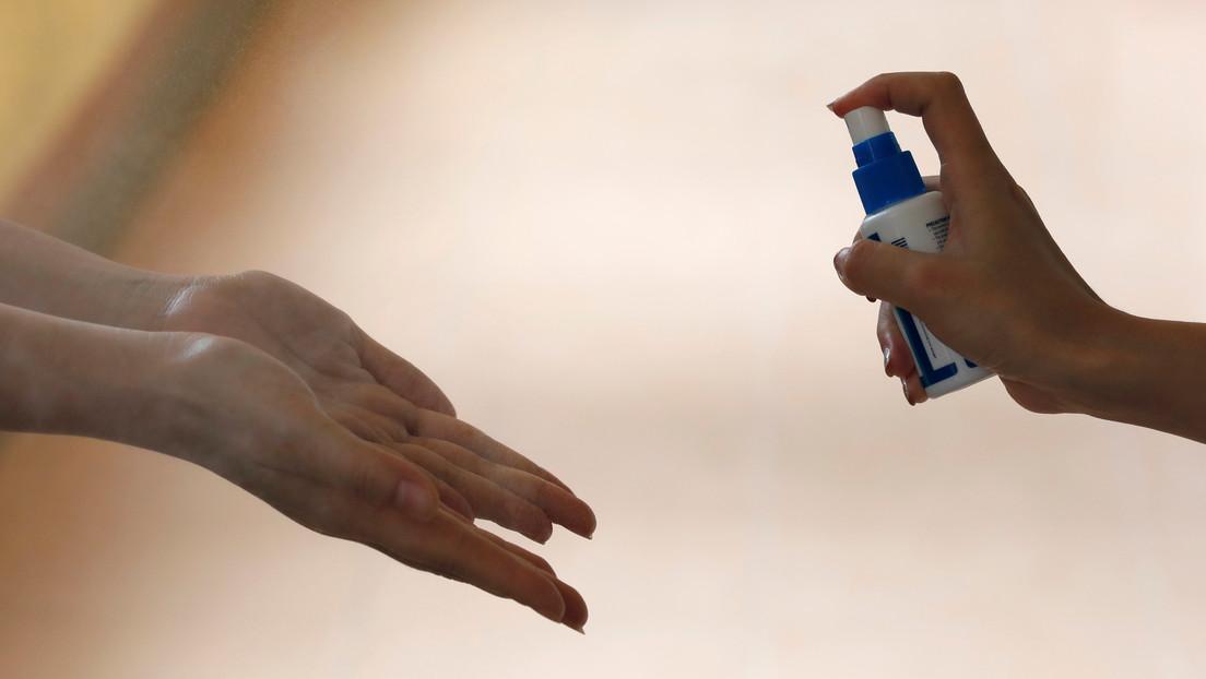 (VIDEOS) En la Red aconsejan no saludar con apretones de manos debido al brote del coronavirus