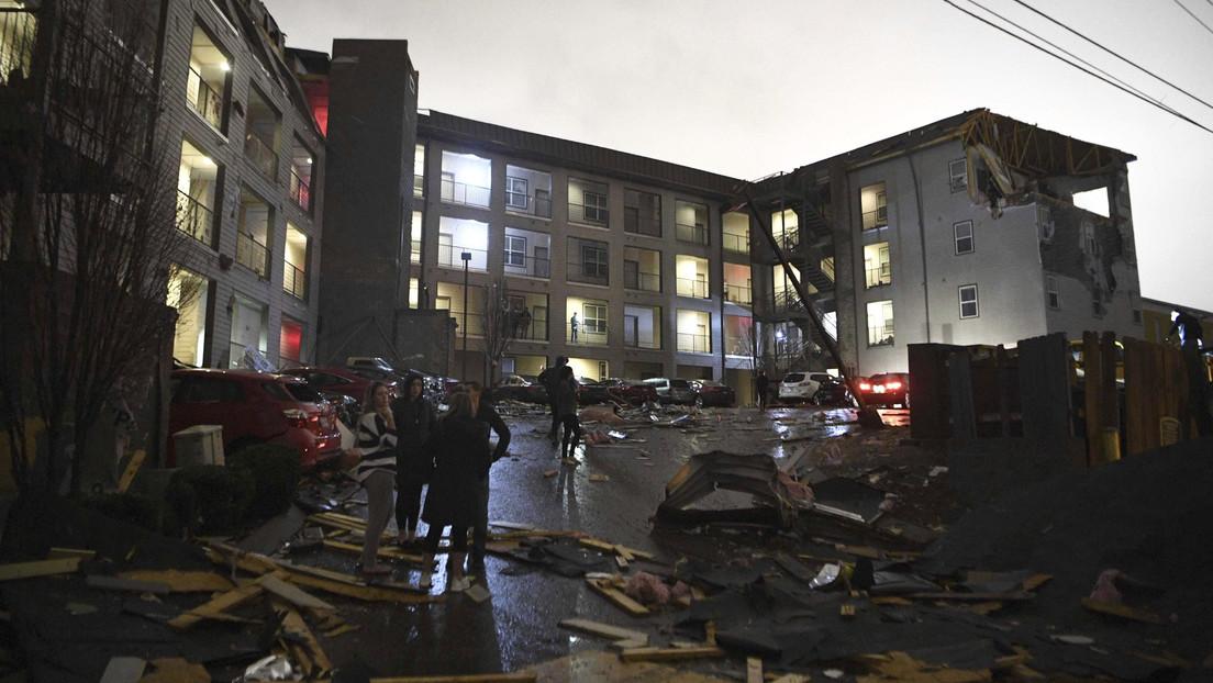 VIDEOS: Un tornado gigante deja decenas de muertos y provoca estragos en EE.UU.