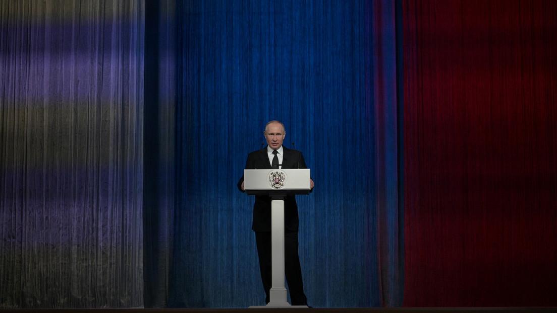 """Putin: """"La ley rusa de agentes extranjeros solo protege al país de la interferencia en su vida política"""""""