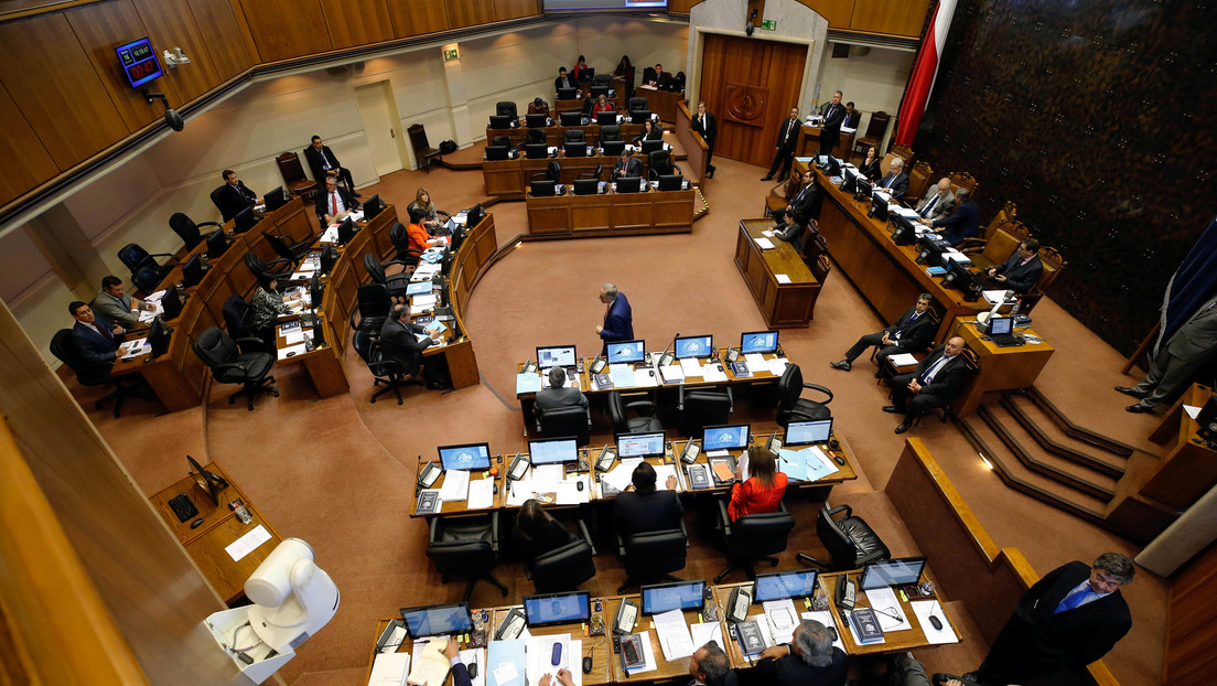Senado chileno da luz verde a la paridad de género para el órgano constituyente