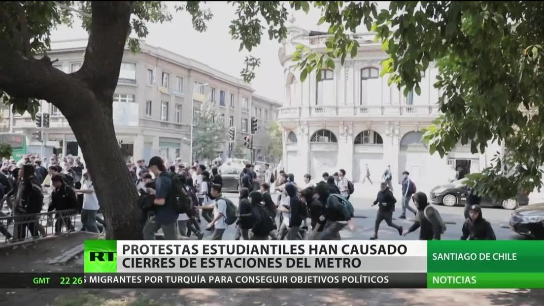 Protestas estudiantiles provocan el cierre de estaciones de metro en Chile