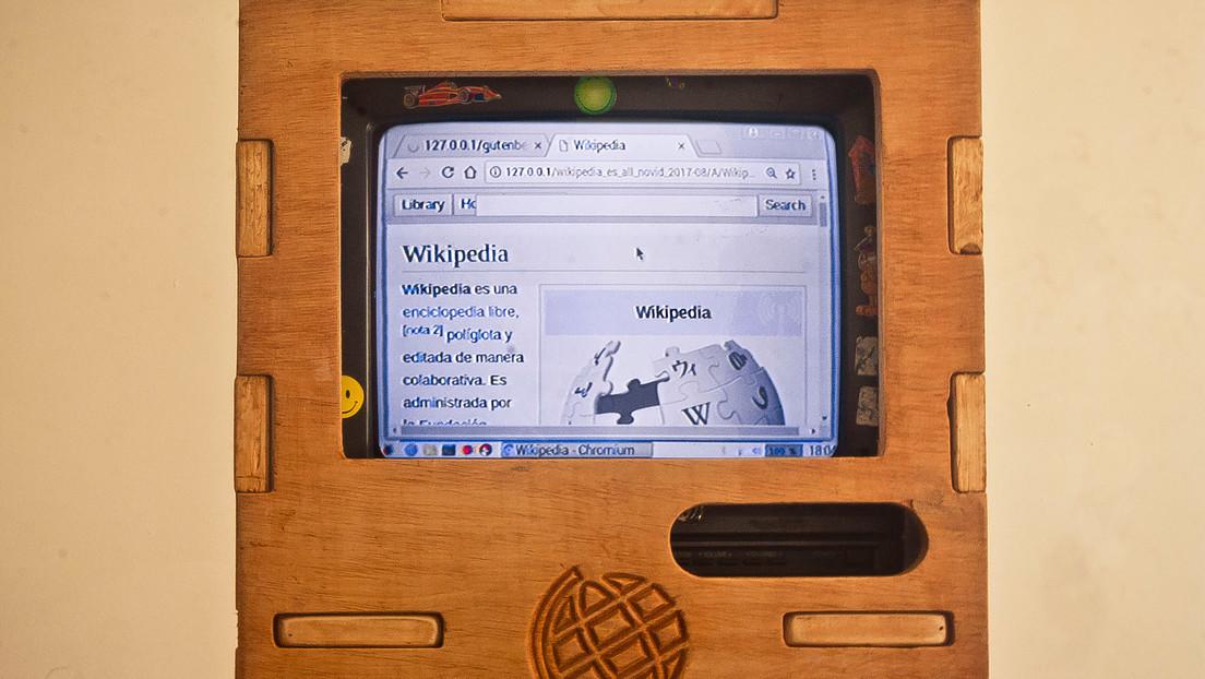 'OfflinePedia', el proyecto que convierte viejos televisores en enciclopedias digitales para entregar a comunidades sin internet