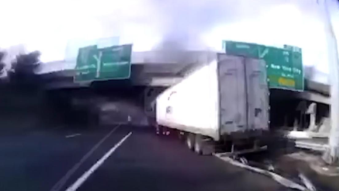 VIDEO: Policías rescatan a un camionero instantes antes de que explote su remolque