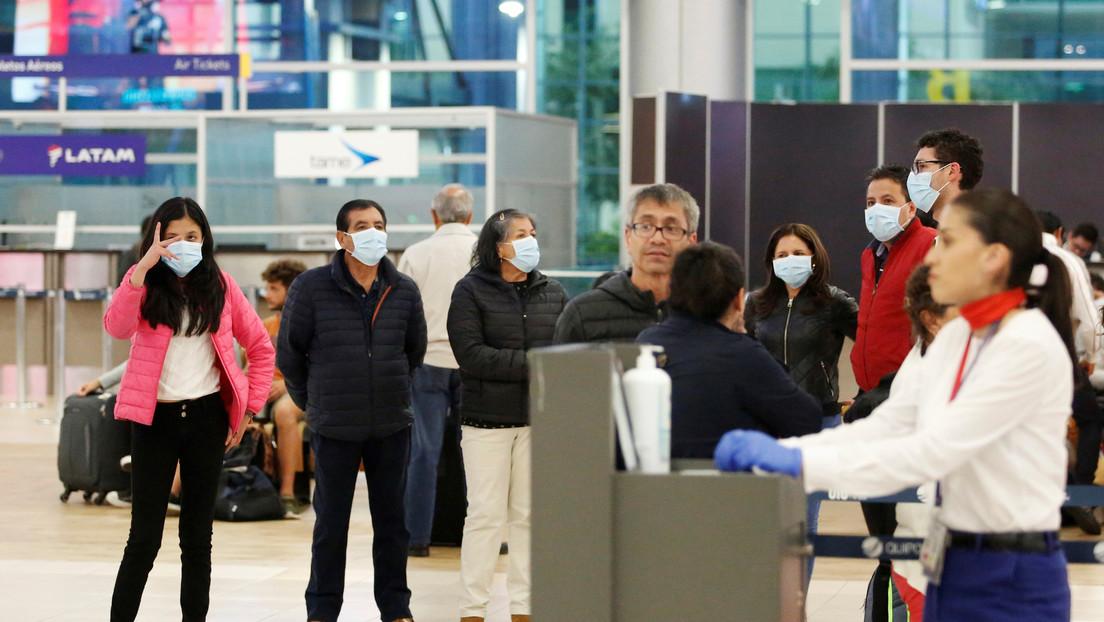 """Ecuador exigirá a pasajeros en los aeropuertos llenar un formulario de """"declaración de salud"""" ante el coronavirus"""