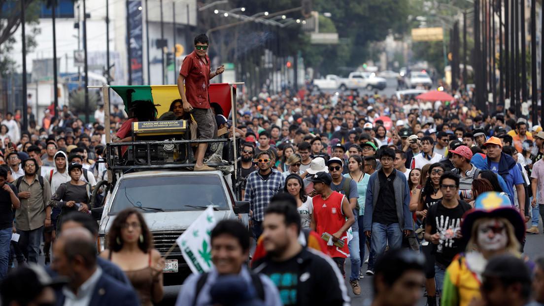 Carrera contrarreloj para legalizar la marihuana en México (y principales controversias) thumbnail