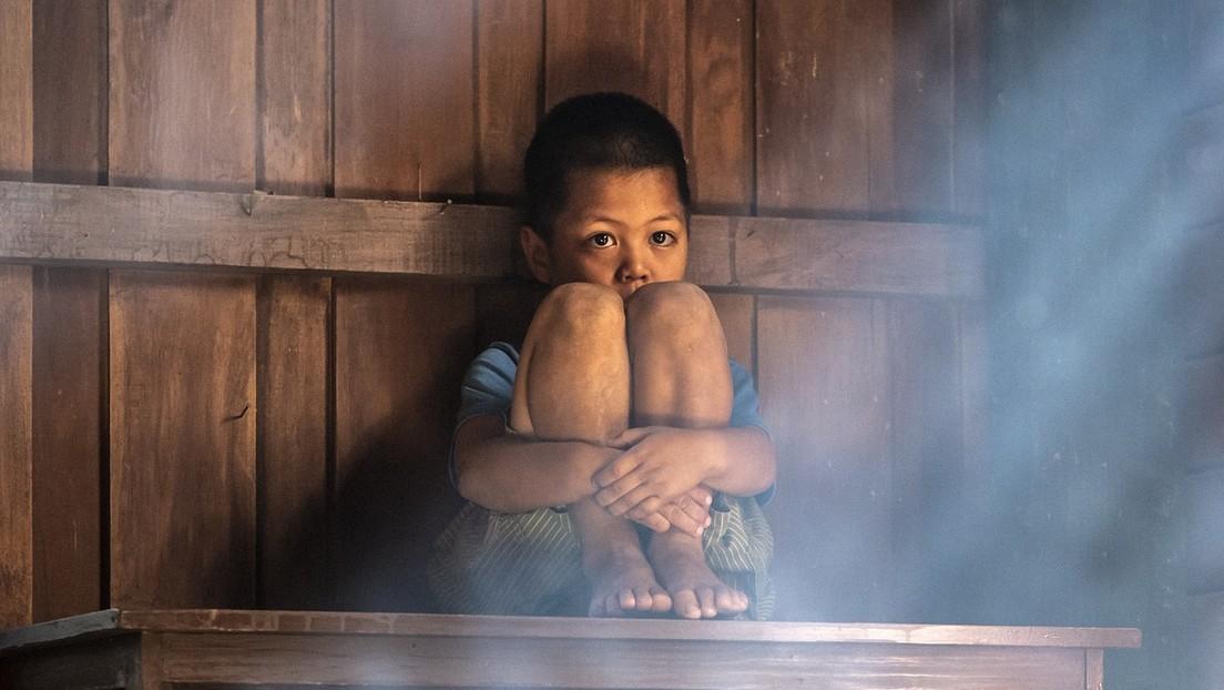 EE.UU.: Un niño de seis años muere de inanición tras pasar un mes encerrado en un armario por sus padres