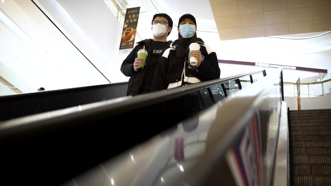 """Médicos chinos esperan tener lista en abril una vacuna contra el coronavirus para """"casos de emergencia"""""""