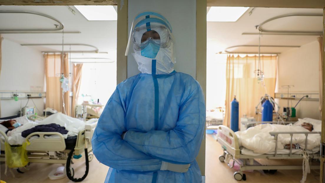 Un hombre de 100 años se recupera del coronavirus en Wuhan