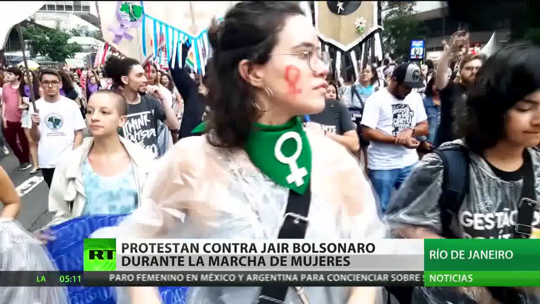Mujeres latinoamericanas reclaman sus derechos por el Día Internacional de la Mujer