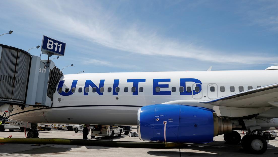 Intento de motín a bordo por una persona que estornudó y tosió provoca el desvío de un Boeing 757 en EE.UU., en medio del brote de coronavirus