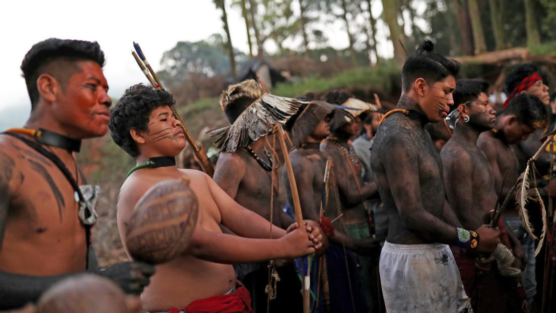 Indígenas guaraníes resisten en un terreno al norte de Sao Paulo en disputa con una constructora