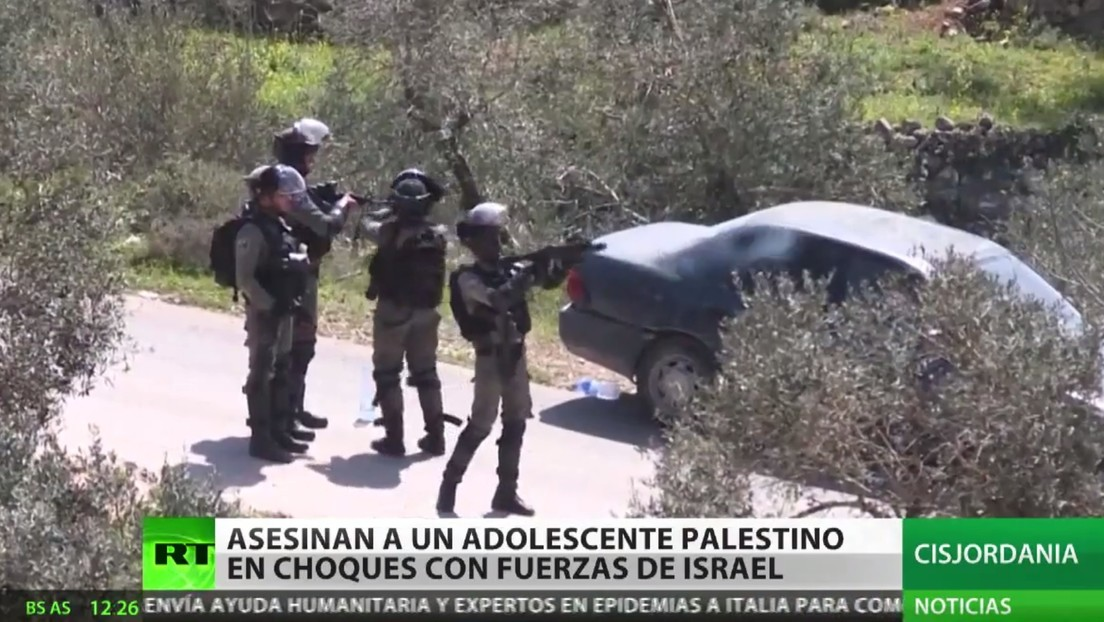 Un palestino muerto y decenas de heridos deja choque con fuerzas israelíes en Cisjordania