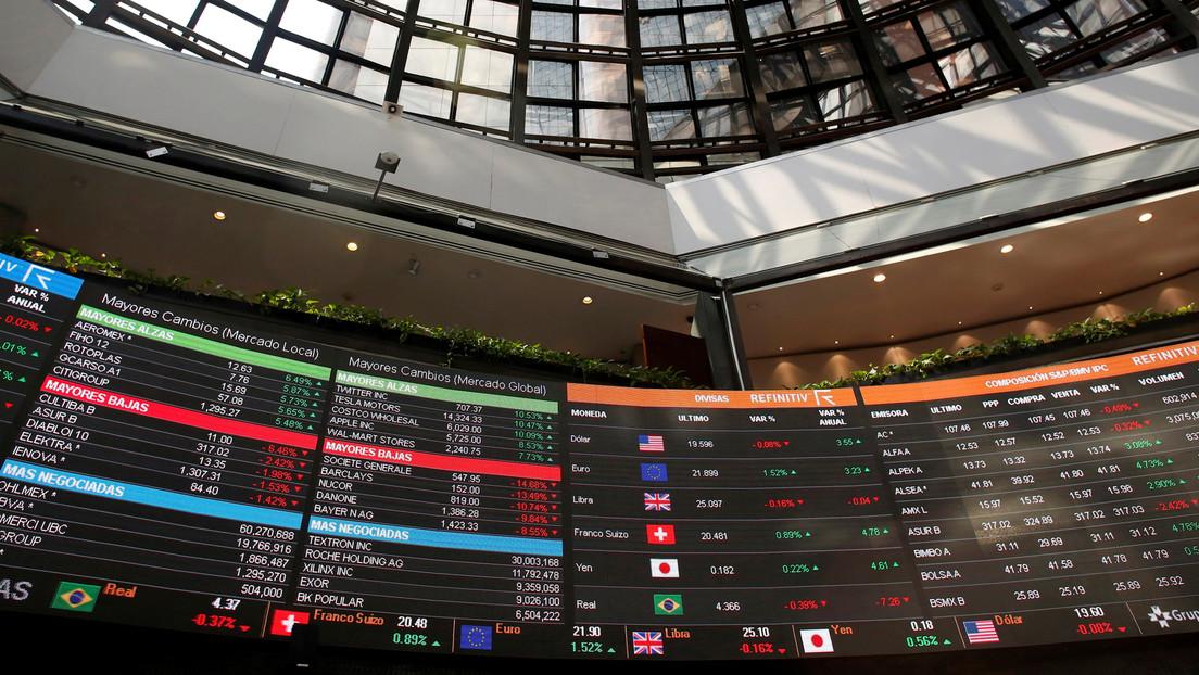 Bolsa mexicana suspende operaciones de emergencia por desplome del 7 %