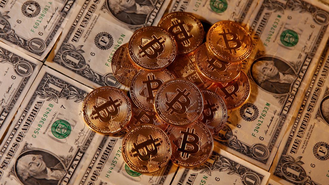 El precio del bitcóin cae por debajo de 5.000 dólares por primera vez desde abril del 2019