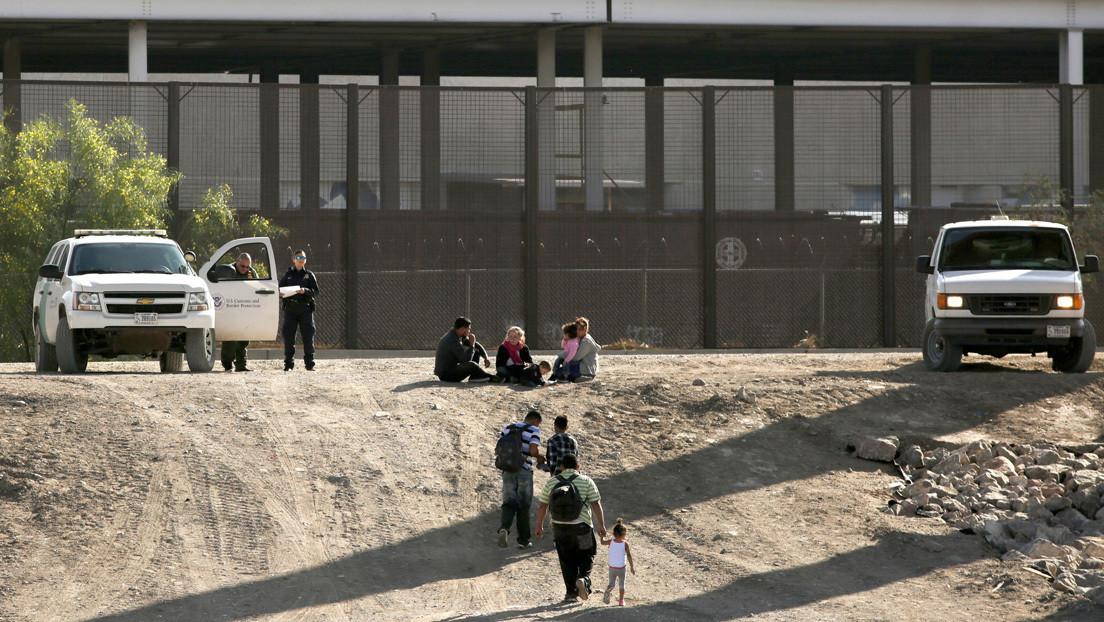 Muere una joven guatemalteca embarazada de siete meses tras caer del muro entre México y EE.UU.