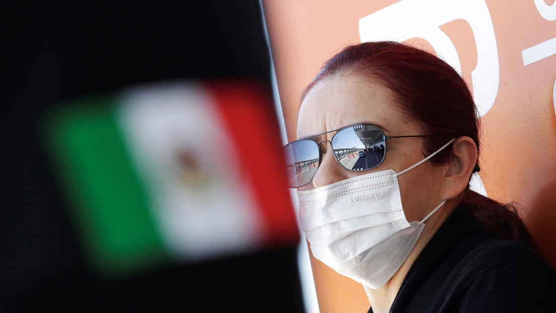 México detecta 15 nuevos casos de coronavirus y anuncia que cerrará escuelas por un mes