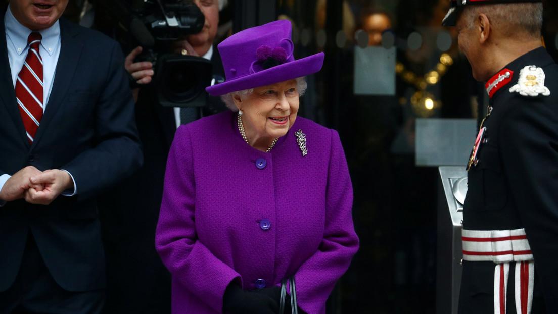 Reportan que la reina Isabel II abandona el Palacio de Buckingham por la propagación del coronavirus
