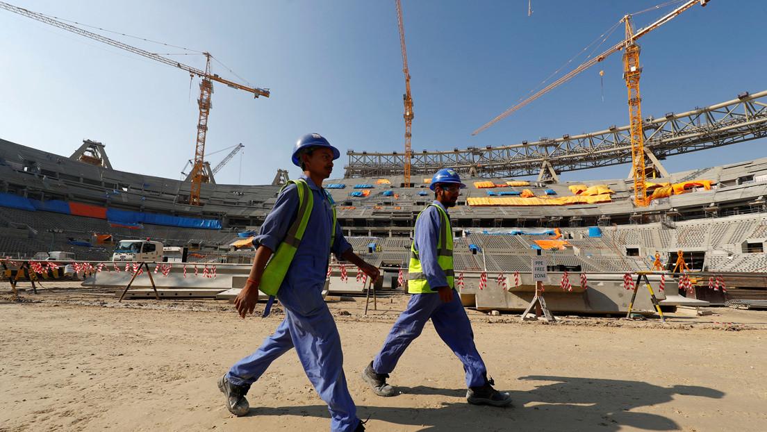 Polémica en torno al Mundial Catar 2022 por la muerte de múltiples obreros migrantes en la construcción de estadios