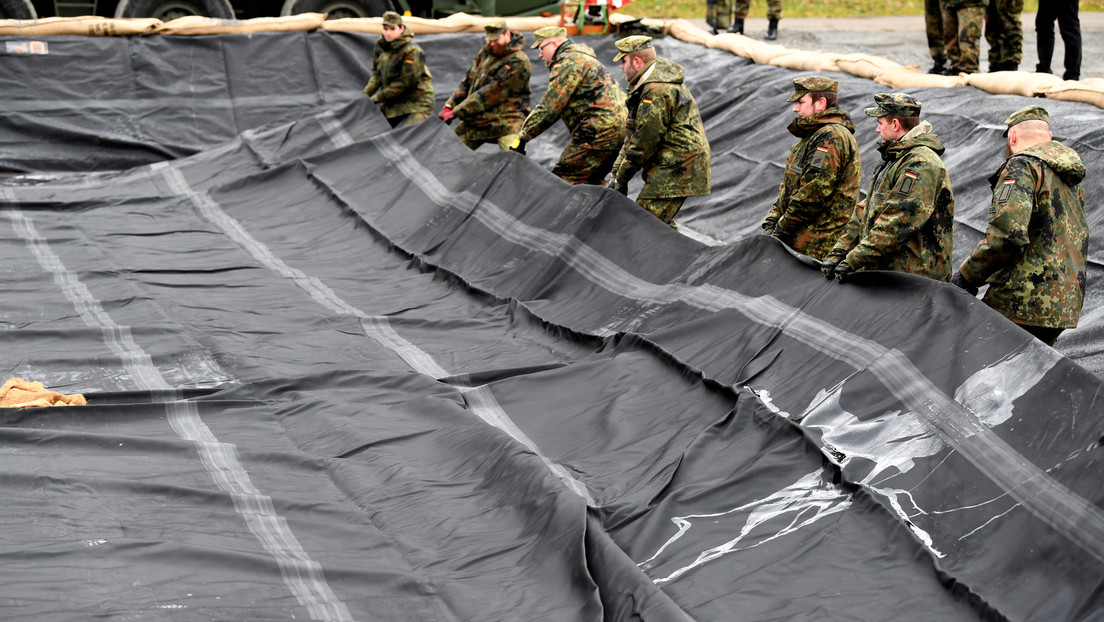 EE.UU. suspende el envío de militares a Europa por el coronavirus